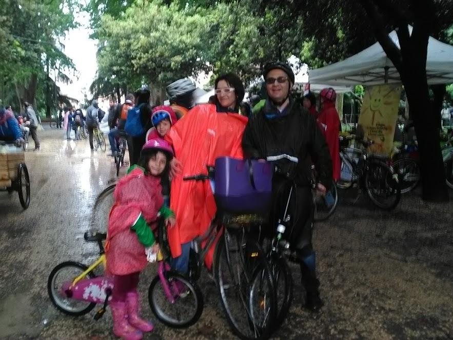 Nonostante la pioggia: bike pride fu