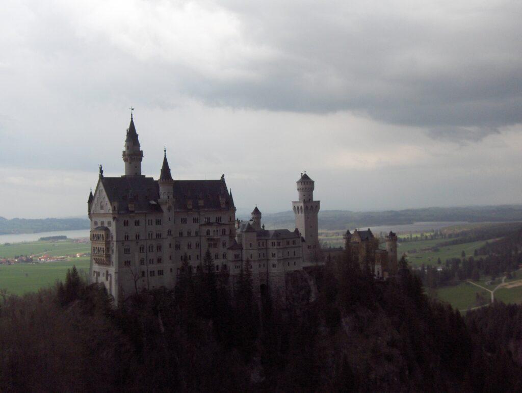 Neuschwanstein prima del temporale