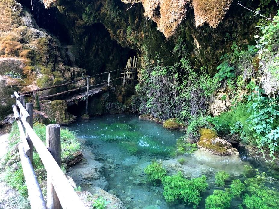 Grotte di Labante, il laghetto