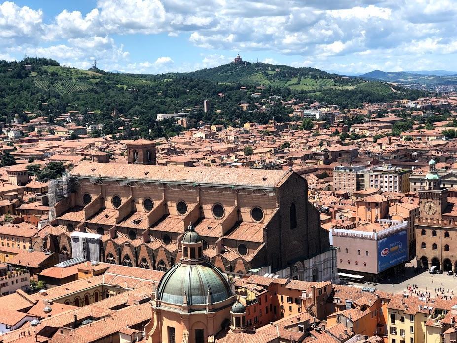Bologna, San Petronio dalla Torre degli Asinelli