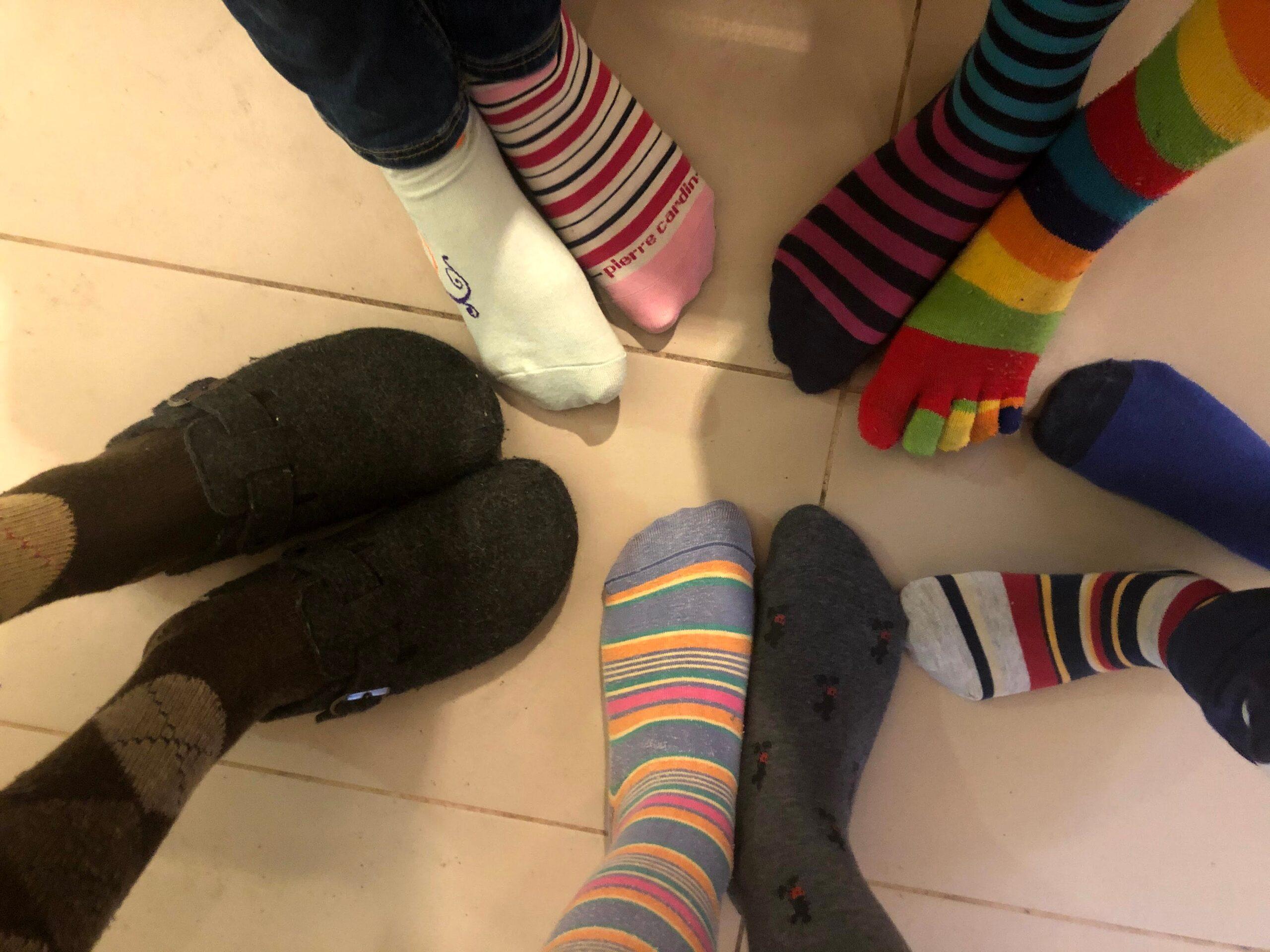 Lunga vita ai calzini spaiati